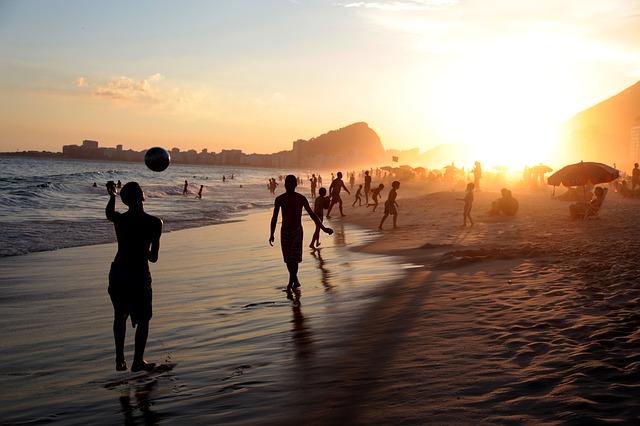 hra na pláži